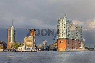 Hamburger Hafen, Elbphilharmonie, Hanseatic Trade Center, Hafencity, Hamburg, Deutschland, Europa