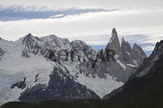 Gletscher am Fitz Roy Massiv, NP Los Glaciares, glacier at the Fitz Roy massiv, Argentina