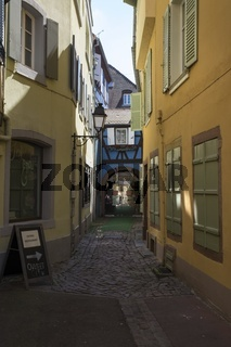 Colmar, Altstadtgasse am Place de la Cathédrale