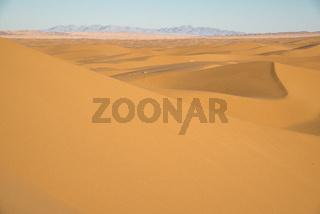 sand dunes in the desert 'Dasht-e Kavir' at sunset in Iran