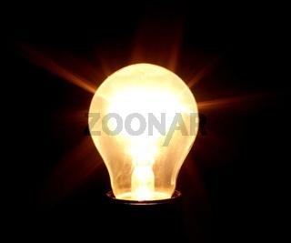 Strahlende Glühbirne