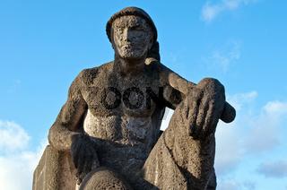 Arbeiterdenkmal auf einenm Brueckenkopf in Hamburg-Billbrook