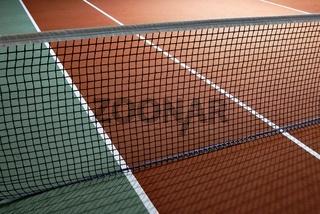 Tennisplatz mit Tennisnetz