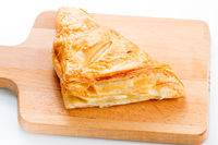 Puff pastry pies with cranberries, apples and honey.