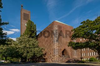 'Kraftwerk Gottes': die Berliner Kirche am Hohenzollernplatz