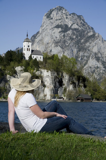 Junge Frau, Traunkirchen, Oberösterreich, Österreich