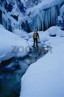 Winterliche Canyoningtour in der Haselschlucht