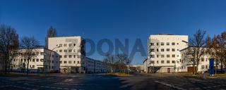 Architektonisches Weltkulturerbe: Torhäuser der 'Weißen Stadt' in Berlin-Reinickendorf