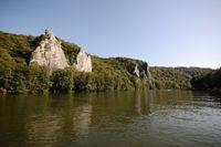 Kalksteinfelsen an der Maas