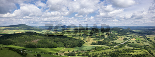 Panoramablick vom Hohentwiel in die Hegaulandschaft