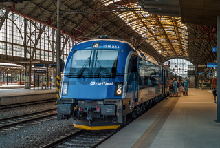 RailJet-Zug der Tschechischen Bahn in Prag