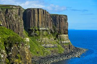 Kilt Rock Basaltklippen bei Staffin, Isle of Skye, Schottland, Grossbritannien