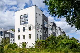 Modernes Wohnen: Lofthäuser an der Rummelsburger Bucht