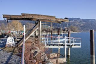 Lochauer Hafen mit Anlegesteeg