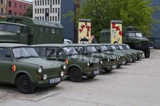 Alte DDR Armeefahrzeuge der Marke Trabant, Berlin, Deutschland   Old GDR Army vehicles of the brand Trabant, Berlin, Germany