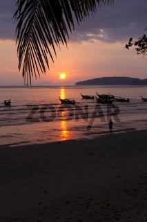 Sonnenuntergang am Ao Nang Beach