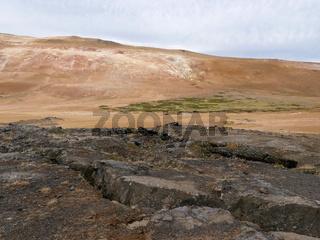 Landschaft am aktiven Vulkan Leirhnjúkur in Island