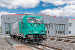 Europas modernstes Lokomotiv-Prüfzentrum in Dessau eingeweiht