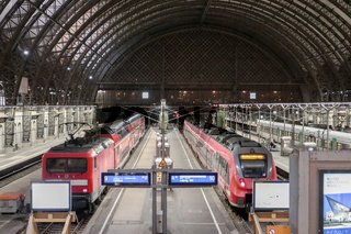 Regionalzüge im Dresdner Hauptbahnhof