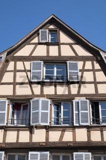 Colmar, Historisches Fachwerkhaus am Place de l'Ancienne Douane