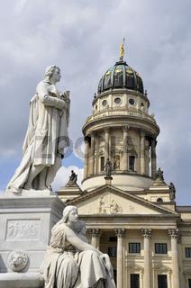 Schiller-Denkmal u. französischer Dom, Berlin