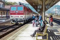 Am Bahnhof in Vrutky (Slowakei)
