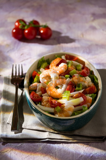 Salad of shrimps