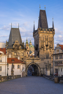 Karlsbrücke, Kleinseiter Brückenturm, UNESCO Weltkulturerbe, Prag, Tschechische Republik, Europa