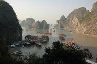 Dschunken in Ha Long