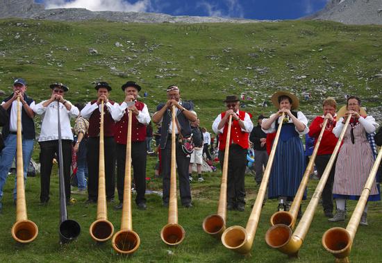Alphornbläser am Schäferfest auf der Gemmi