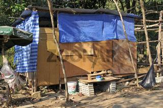 einfachste Unterkünfte: Wanderarbeiter in Koh Chang