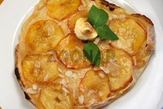 Apfel-Flammkuchen, Apfel, Flammkuchen