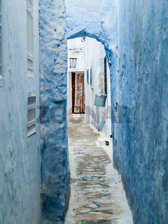 hammamet-tunisia-alleys of the old city streets white walls arabic doors