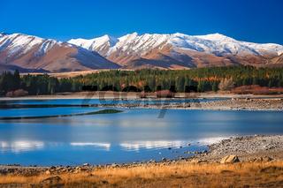 Stunning landscape views of Southern Alps and Lake Tekapo