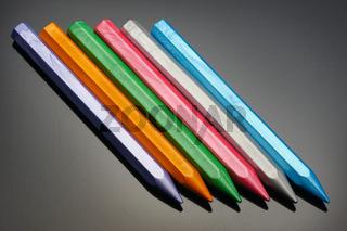 Pearl wax crayons
