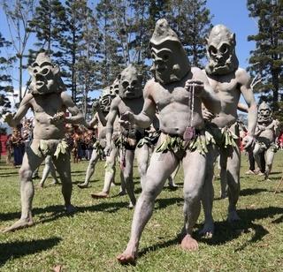 Mudman tribe in Mount Hagen festival