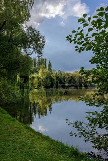 Trügerische Idylle: Der Reinickendorfer Schäfersee von Süden