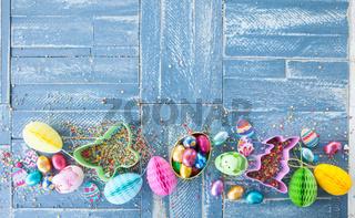 Bunte Suessigkeiten zu Ostern