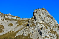 Historisches Berghotel Pilatus-Kulm am Gipfel Esel, Pilatus Bergmassiv, Alpnachstad, Schweiz