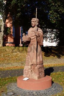Denkmal Heiliger Lothar vor der Sankt