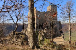 Burgruine Reussenstein im Herbst