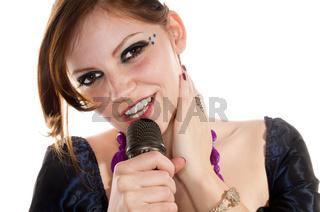 Sängerin mit Mikrofon