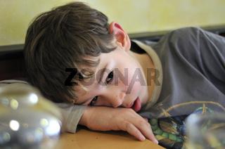 Müdes Kind - Tired child