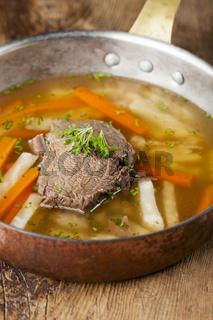 Tafelspitz in einem Suppentopf
