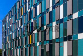 Moderne Fassadengestaltung am Jobcenter Lichtenberg