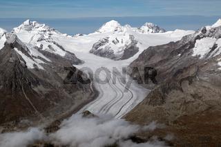 Aletschgletscher und Konkordiaplatz in den Schweizer Alpen