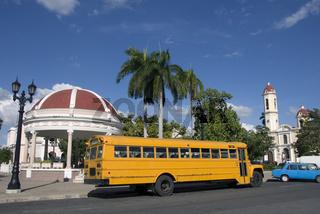 Bus am Parque Jose Marti