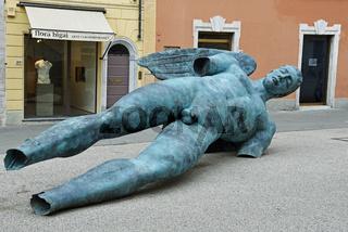 sculpture by artist Igor Mitoraj
