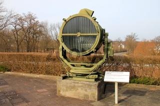 Fliegerabwehrscheinwerfer. anti - aircraft headlamps