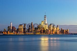 New York Skyline nach Sonnenuntergang